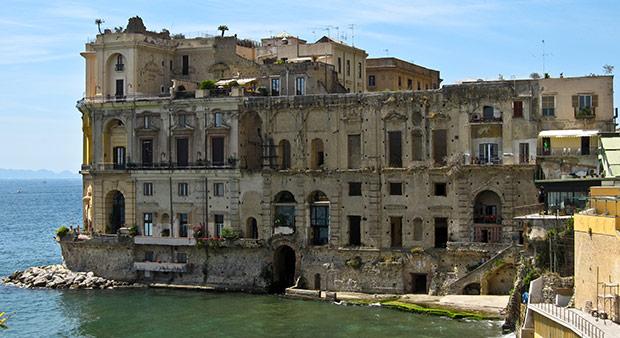 Palazzo Donanna, Posillipo - Napoli